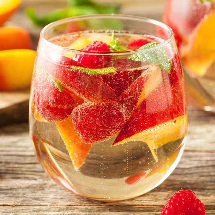 Sweet Summertime Peach Sangria Recipe